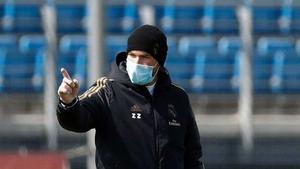 Zidane, durante un entrenamiento esta semana