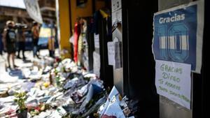 Imagen de uno de los múltiples homenajes a Maradona en Buenos Aires, en la Bombonera