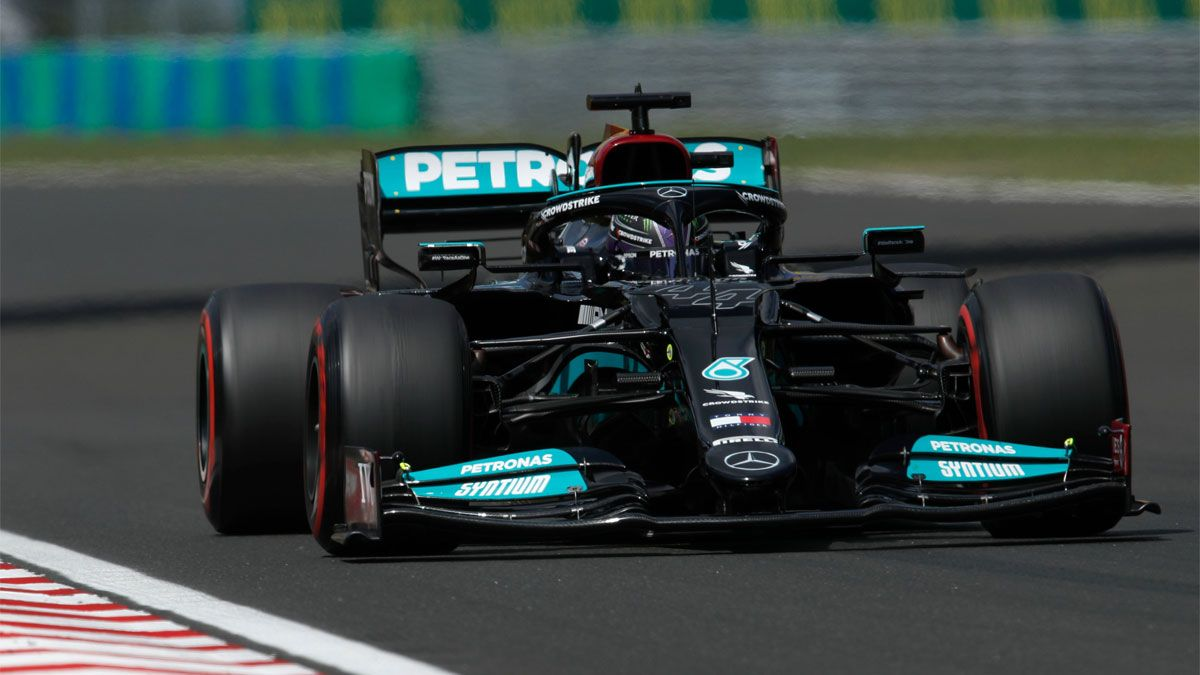 Hamilton, pole en Hungría