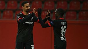Karim Bellarabi selló la goleada al Slavia de Praga