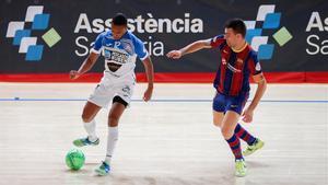 Sergio Lozano ante el Burela en la Copa del Rey