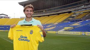 Samper posó este viernes con la camiseta de Las Palmas