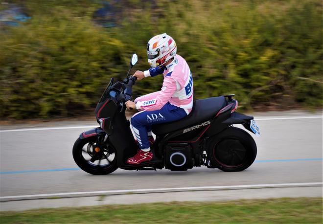 Dani Juncadella, piloto español del DTM, con Silence