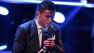 Cristiano Ronaldo salió vencedor de los dos últimos y únicos premios The Best