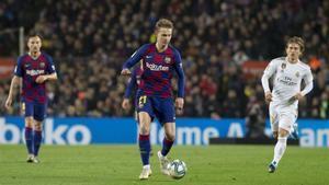 Frenkie de Jong confía en ganar su primer Barça-Real Madrid