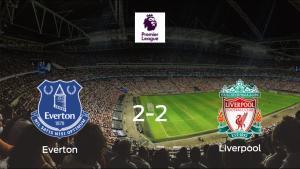 El Everton y el Liverpool empatan a dos en el Goodison Park