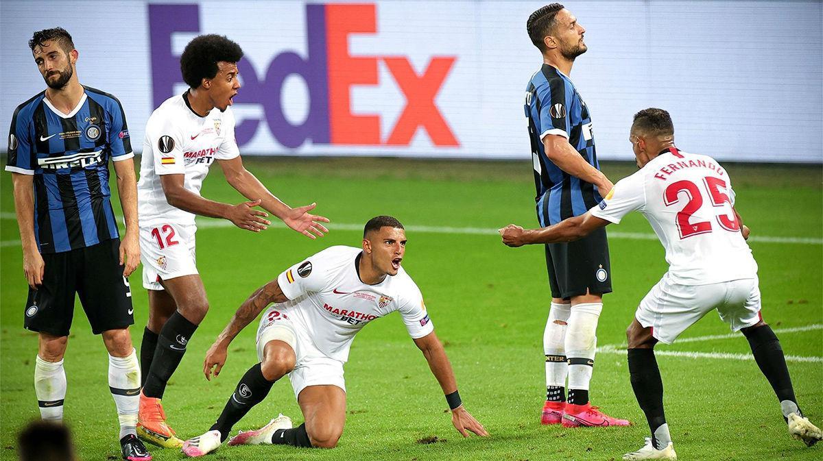 Chilena de Diego Carlos y ayuda de Lukaku: así fue el definitivo 3-2 para el Sevilla