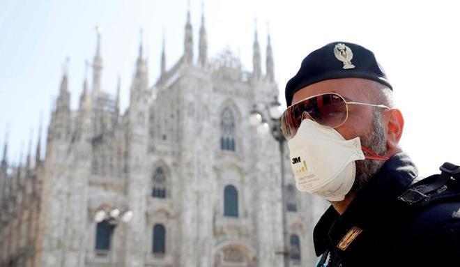 Italia cierra teatros y cines, y restringe los horarios de la hostelería