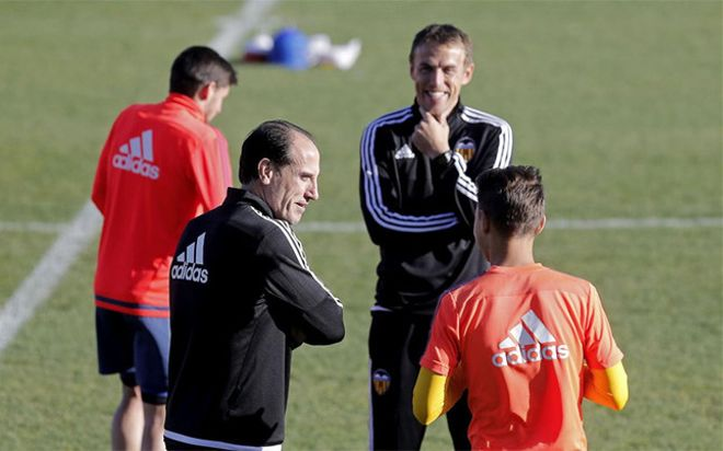 Voro, durante un entrenamiento en su última etapa como entrenador del Valencia