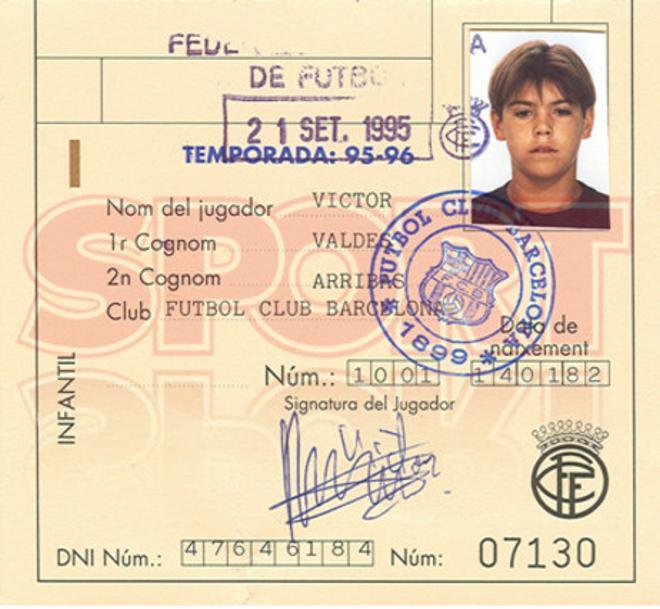 1. Víctor Valdés 1995-96