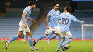 A pesar de un arranque de temporada moderado, el Manchester City puede asumir el liderato si gana