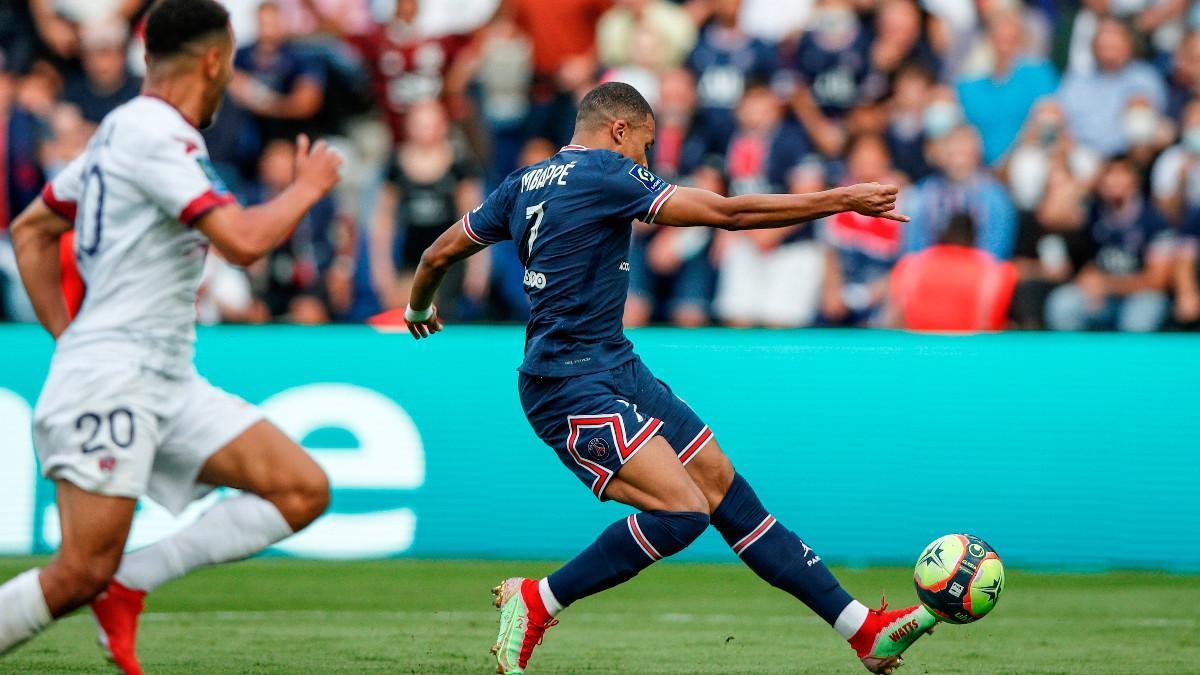 Mbappé fue titular en el encuentro