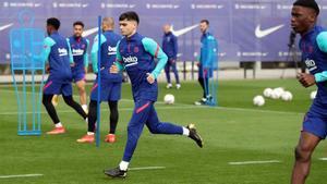 Buen ambiente en el último entrenamiento del Barça antes de jugar ante Osasuna