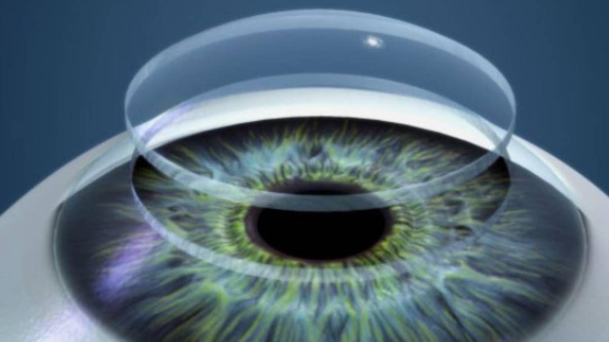 Una córnea sintética permite volver a ver a un hombre
