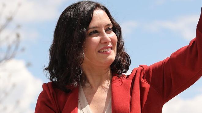 Isabel Díaz Ayuso recibió al Rayo, nuevo Primera