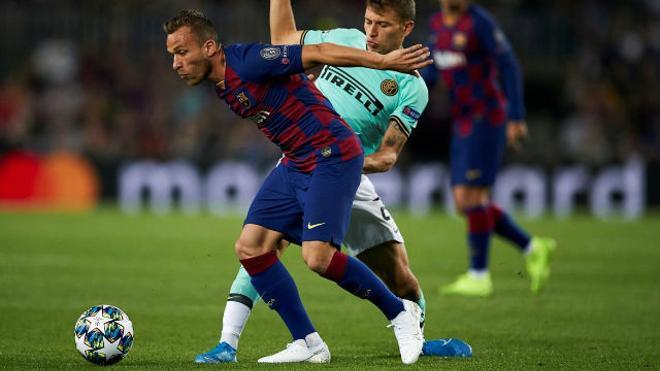 Arthur falló una clara ocasión ante el Inter