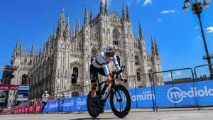 Ganna se impuso en la última jornada del Giro