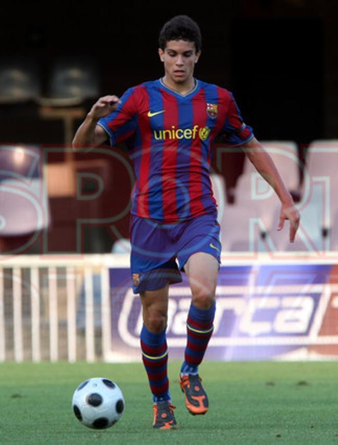 22. Marc Bartra