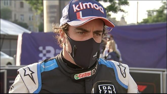 Fernando Alonso adquiere un coche personalizado que se convierte en la envidia de todos