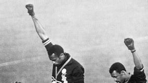La imagen del 'Black Power' en México 68 conmocionó al mundo y sirvió para que la sociedad abriera los ojos ante las desigualdades raciales
