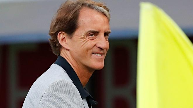 Mancini se deshizo en elogios a España y a Luis Enrique