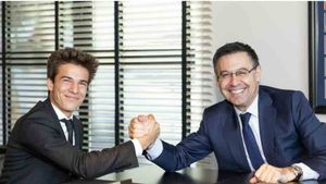 Riqui Puig y Bartomeu han firmado el nuevo contrato