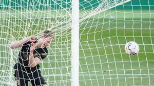 El gol de Frenkie De Jong ante el Elche