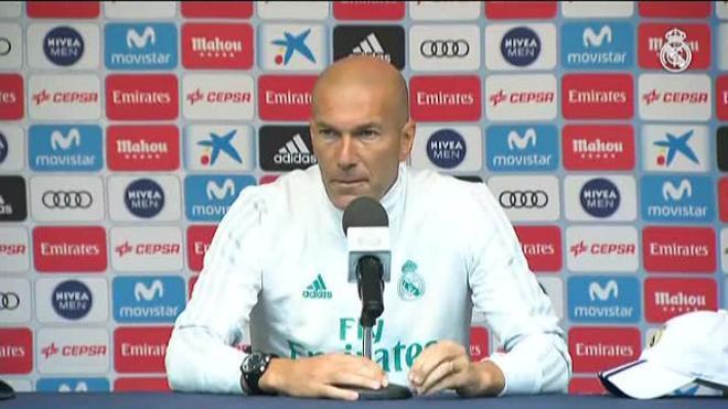 Zidane pide un delantero más para completar su plantilla