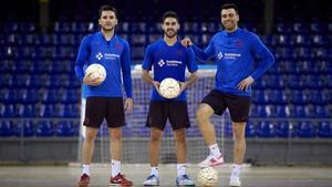 Dyego, Adolfo y Sergio Lozano, en el Palau antes de viajar a Málaga