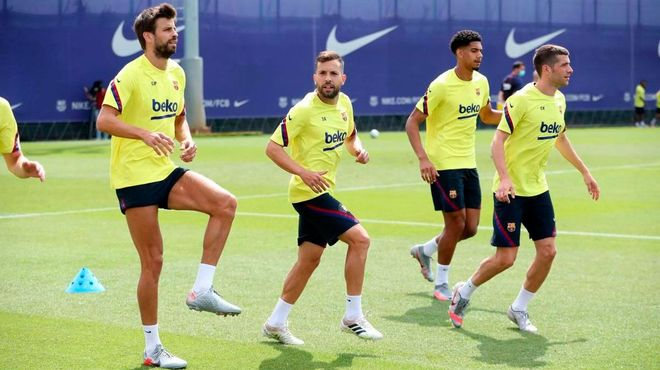 Último entrenamiento del Barça antes de recibir al Leganés