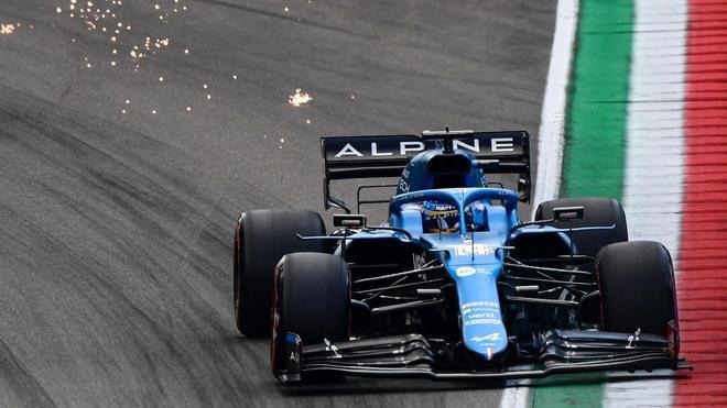 Fernando Alonso durante la qualy en Imola