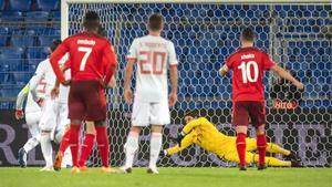 Sommer detuvo el penalti de Ramos