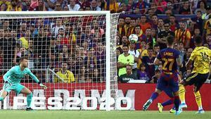 El golazo de Aubameyang para que el Arsenal se adelantase en el Gamper