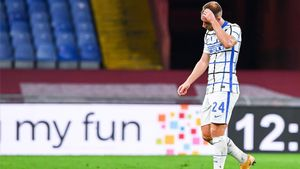 Eriksen vive una situación casi insostenible en el Inter