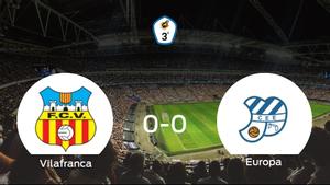 El Vilafranca y el CE Europa concluyen su enfrentamiento en el Camp Municipal dEsports sin goles (0-0)
