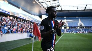 Así juega Arnaud Kalimuendo, el presente y futuro del PSG