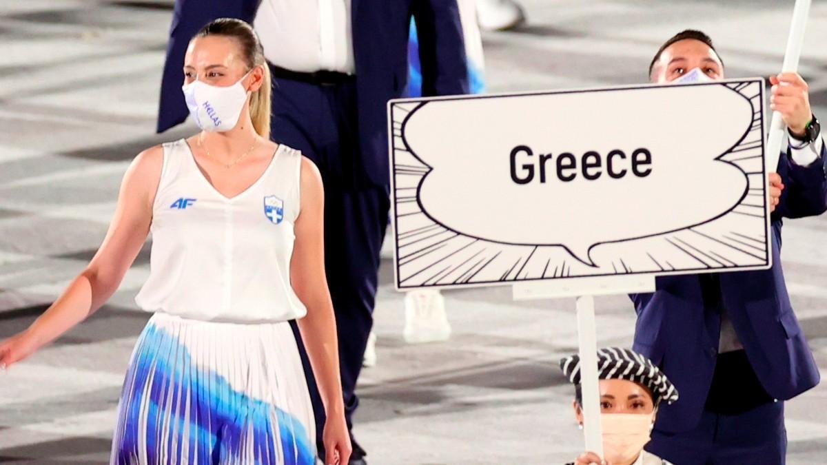 La delegación olímpica griega abrió el desfile al ritmo de Overture: Rotos Theme de Dragon Quest