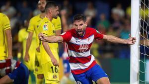 Villarreal y Granada empataron a 2 en la primera vuelta