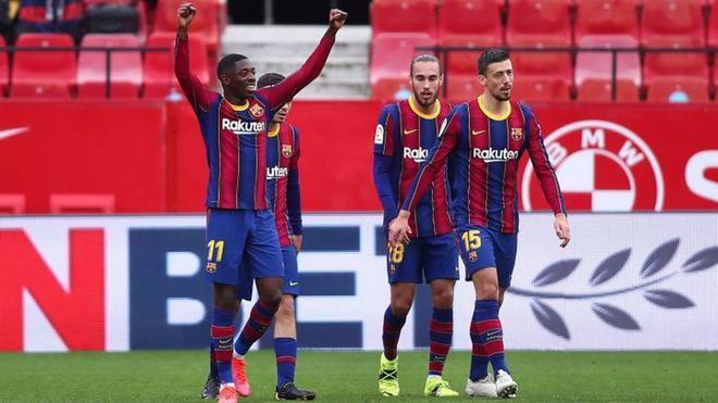 Luego de vencer al Sevilla, el Barcelona acortó la brecha respecto al Atlético de Madrid a 5 puntos