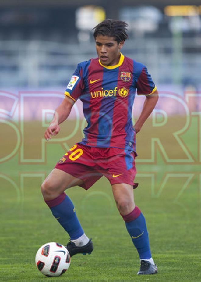 17. Jonathan dos Santos