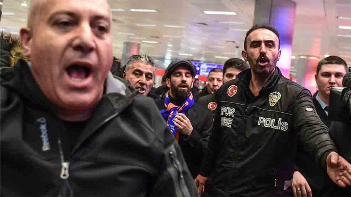 Arda Turan no está teniendo un buen rendimiento en Turquía