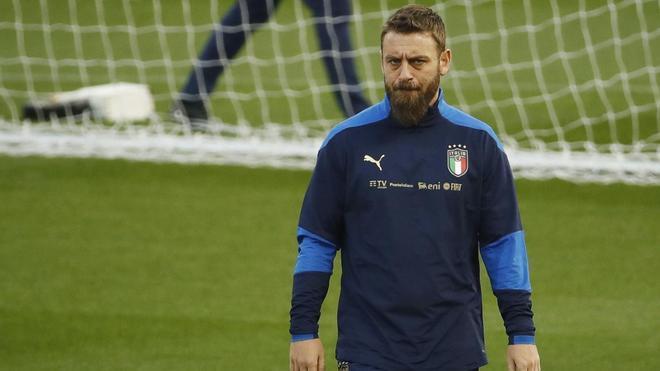 De Rossi,  ayudante de Mancini en la selección italiana