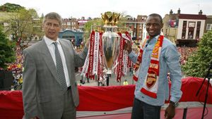 Patrick Vieira conquisto 3 Premier League y 3 FA Cup como jugador del Arsenal