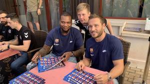 Sorhaindo y Tomás, entre otros, firmaron autógrafos a los fans