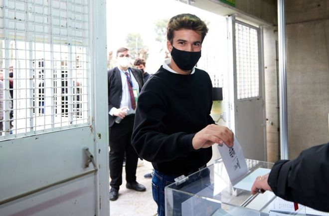 Riqui Puig también votó en el Camp Nou