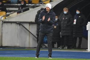 A Zidane no le dio suerte el gorro blanco en Kiev