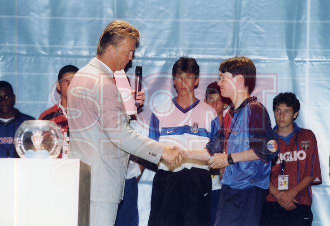 6. Andrés Iniesta 1998-99