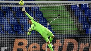 Courtois volvió a ser el mejor del Real Madrid