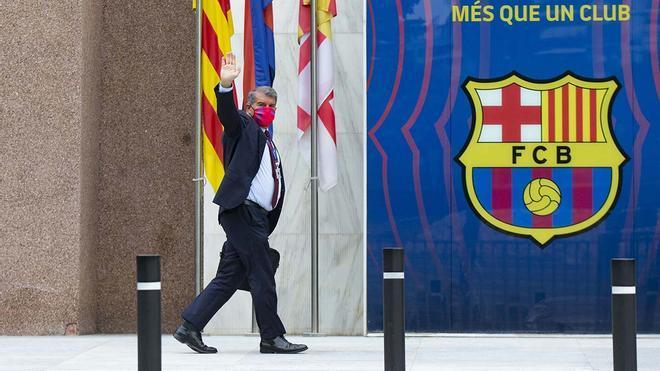 Error del FC Barcelona en el orden del día de la Asamblea