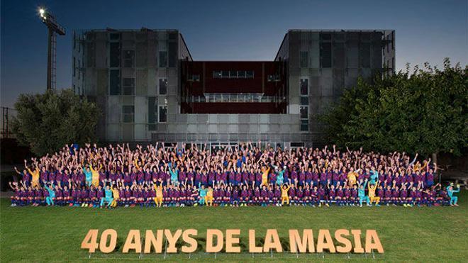 La foto de familia de La Masia